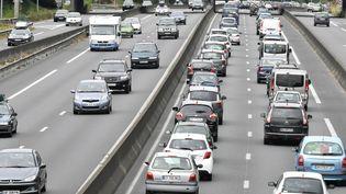 Des embouteillages sur le périphérique de Nantes (Loire-Atlantique), le 30 juillet 2016. (MAXPPP)