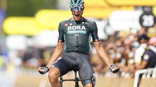 La joie de l'Allemand Nils Poilitt, vainqueur en solitaire de la 12e étape du Tour de France, jeudi 8 juillet. (THOMAS SAMSON / AFP)