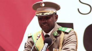 Mali : le colonel Goïta investi président après deux coups d'État (Capture d'écran franceinfo)