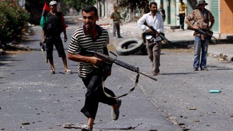 Des rebelles libyens à Zawija (40 km à l'ouest de Tripoli) (AFP - MARC HOFER)