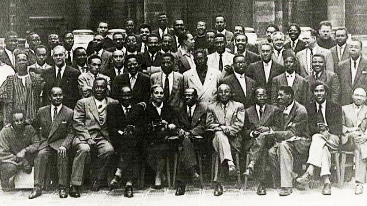 La photo officielle du 1er congrès des écrivains et artistes noirs (septembre 1956)  (DR)