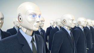 Pour l'astrophysicien Stephen Hawking, les robots finiront par dépasser et détruire les êtres humains. (ILEXX / GETTY IMAGES)