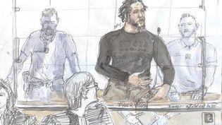 Un dessin du jihadiste français Tyler Vilus à son procès au tribunal de Paris, le 25 juin 2020. (BENOIT PEYRUCQ / AFP)