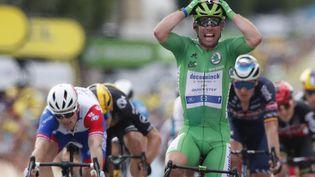 Le Britannique Mark Cavendish (Deceuninck-Quick Step) vainqueur de la 6e étape du Tour de France, le 1er juillet 2021. (GUILLAUME HORCAJUELO / AFP)