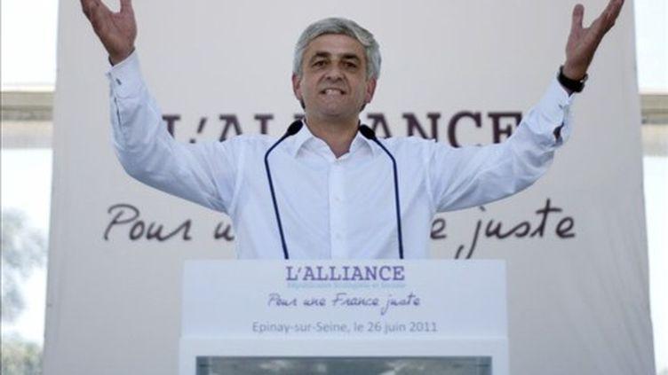 Hervé Morin, le 26 juin 2011, le jour du lancement à Epinay-sur-Seine de la confédération des centres (AFP/FRED DUFOUR)