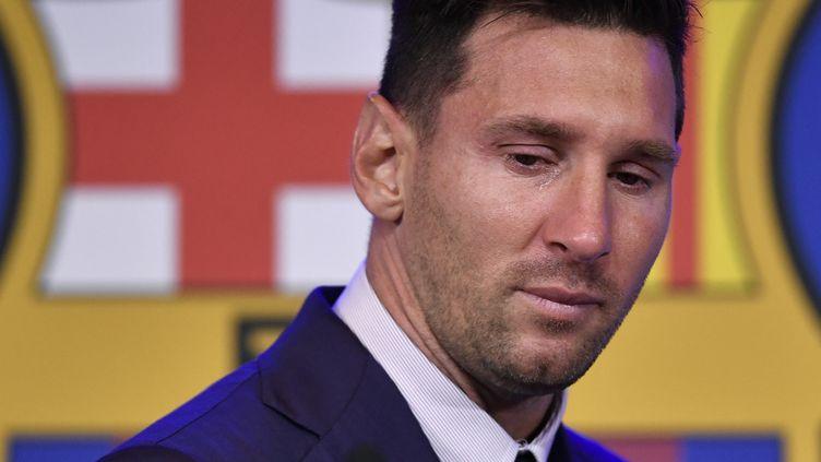 Lionel Messi a dit adieu au FC Barcelone, au Camp Nou, le 8 août 2021. (PAU BARRENA / AFP)