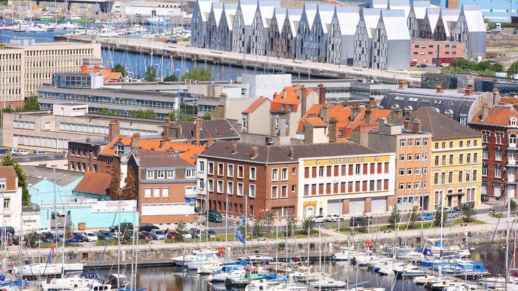 Vue aérienne du port de plaisance du bassin du Commerce à Dunkerque (Nord). (SAMUEL DHOTE / ONLY FRANCE)