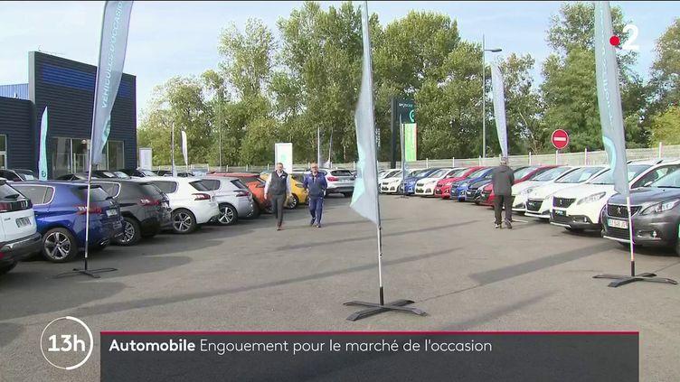 Automobile : les voitures d'occasion suscitent un intérêt inédit (FRANCE 2)