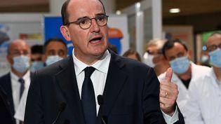 Jean Castex s'exprime sur la situation épidémique, le 11 août 2020, au CHU de Montpellier (Hérault). (PASCAL GUYOT / AFP)
