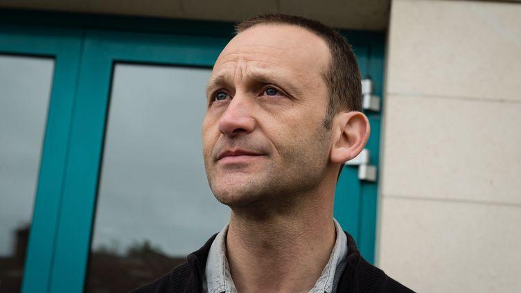 Marc Demeulemeester, beau-père d'Antoine Dupont, participe à une battue, le 11 avril 2015, à Gonnehem (Pas-de-Calais). (MAXPPP)