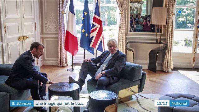Boris Johnson : le pied sur une table de l'Élysée, une image qui fait le buzz