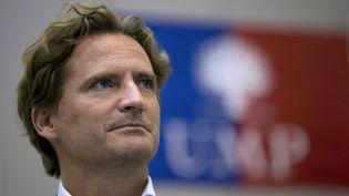 L'homme d'affaires et membre de l'UMP Charles Begbeider lors d'un meeting du parti à Paris le 3 juillet 2013. (KENZO TRIBOUILLARD / AFP)