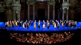 """""""Le bal masqué"""" de Giuseppe Verdi aux Chorégies d'Orange.  (France 3 Provence-Alpes)"""