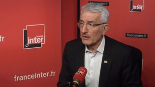 Guillaume Pepy, le PDG de la SNCF sur France Inter, le 30 mars. (RADIO FRANCE)