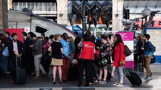 Illustration de la grève SNCF à la Gare du Nord, à Paris. (ALEXIS SCIARD  / MAXPPP)