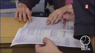 La baisse de l'impôt sur le revenu sera appliquée dès janvier. (FRANCE 2)
