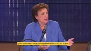 Roselyne Bachelot était l'invitée du 8h30 franceinfo le 30 août 2021. (FRANCEINFO / RADIOFRANCE)