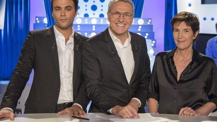 """Charles Consigny, Laurent Ruquier etChristine Angot sur le plateau d'""""On n'est pas couché"""". (ONPC)"""