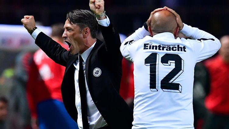 Niko Kovac laisse exploser sa joie avec l'Eintracht (TOBIAS SCHWARZ / AFP)
