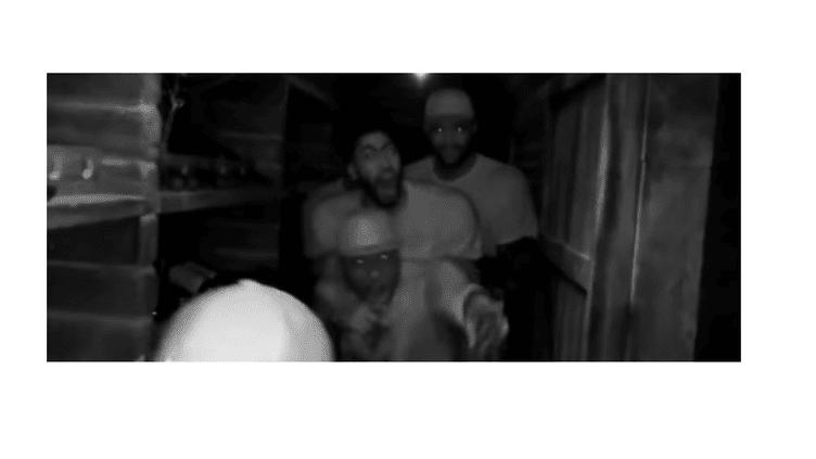 Anthony Davis et DeMarcus Cousins se sont fait peur dans une maison hantée.