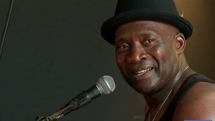 Roland Tchakounte à Cognac Blues Passion (T. Chapuzot /France Télévisions)