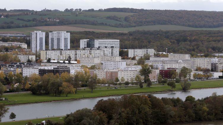 La cité du Val-Fourré à Mantes-la-Jolie, dans les Yvelines, le 7 novembre 2013. (JACQUES DEMARTHON / AFP)