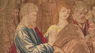 La chapelle Sixtine, au Vatican, accueille une exposition exceptionnelle, qui s'achèvera dimanche 23 février. Dix tapisseries réalisées par le grand peintre Raphaël sont exposées pour la première fois depuis près d'une quarantaine d'années. (FRANCE 3)
