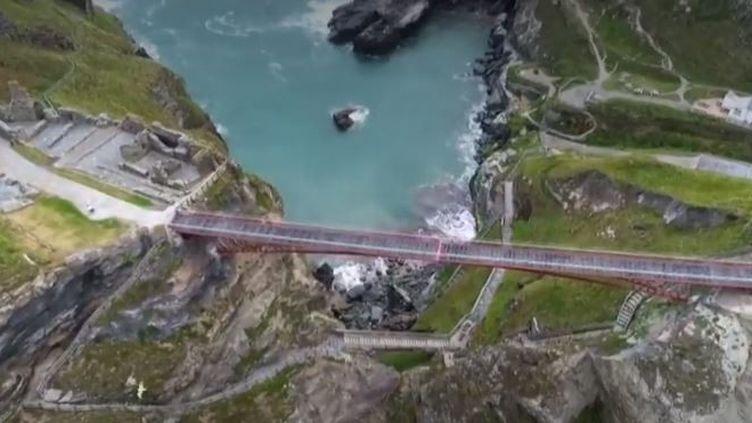 Patrimoine : zoom sur le pont de Tintagel (FranceInfo)