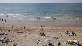 La plage de Bidard (Pyrénées-Atlantiques) le 30 août 2021. (THIBAUT DURAND / HANS LUCAS / AFP)