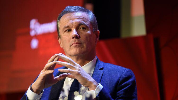 Nicolas Dupont-Aignan lors d'une conférence, à Paris, le 6 décembre 2018. (ERIC PIERMONT / AFP)