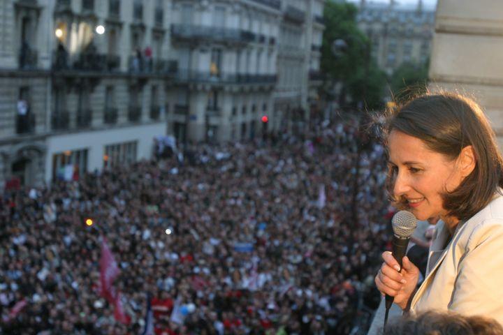Ségolène Royal, sur la terrasse du siège du PS, rue de Solférino, le 6 mai 2007. (MAXPPP)