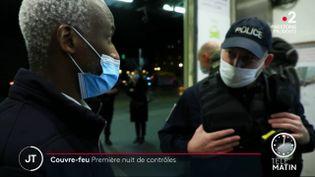 Un homme contrôlé gare de Lyon à Paris. (France 2)