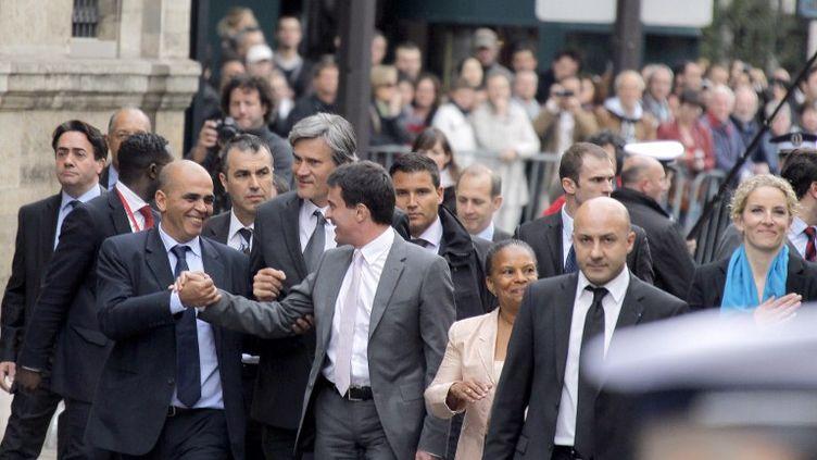 Les nouveaux ministres arrivent à l'Elysée où s'est tenu, jeudi 17 mai, le premier Conseil des ministres. (PIERRE VERDY / AFP)