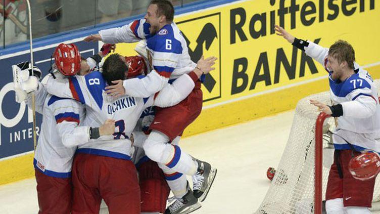La joie des joueurs de hockey russe, champions du monde pour la 5e fois de leur histoire