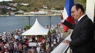 François Hollande, le 8 mai 2015, à Saint-Barthélémy. (ALAIN JOCARD / AFP)