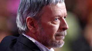 """Le chanteur Renaud sur le plateau de """"Vivement Dimanche"""" (France 2) en 2010.  (Frédéric Dugit/PHOTOPQR/LE PARISIEN)"""