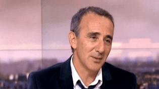 Elie Semoun sur le plateau de France 2, dimanche 26 octobre. ( FRANCE 2)