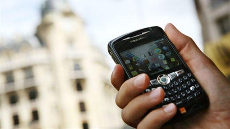 Le marché de l'itinérance téléphonique représentait environ 5 milliards d'euros de chiffre d'affaires en 2009 (AFP PHOTO / LOIC VENANC)