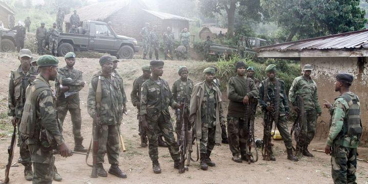 Eléments de l'armée congolaise déployés àRutshuru, village de l'est de la RDC. (REUTERS/Kenny Katombe  )
