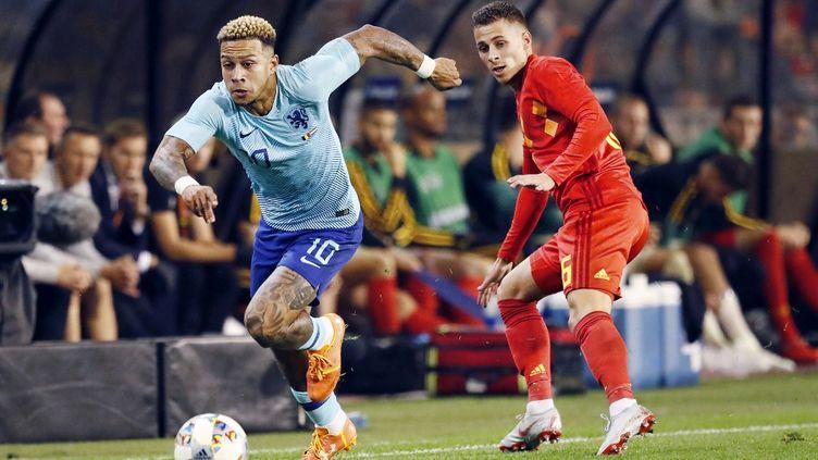 En 2018, la Belgique de Thorgan Hazard et les Pays-Bas de Memphis Depay se rencontraient. Les deux pays pourraient bientôt créer un championnat bi-national (STANLEY GONTHA / PRO SHOTS)