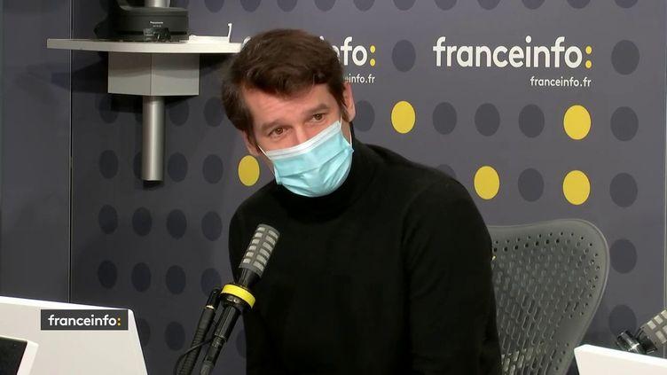 """Philippe Levasseur, directeur général de Capa presse, co-producteur de la série documentaire """"Chambre 2806"""" sur l'affaire DSK, le 7 décembre 2020 sur franceinfo. (FRANCEINFO / RADIOFRANCE)"""