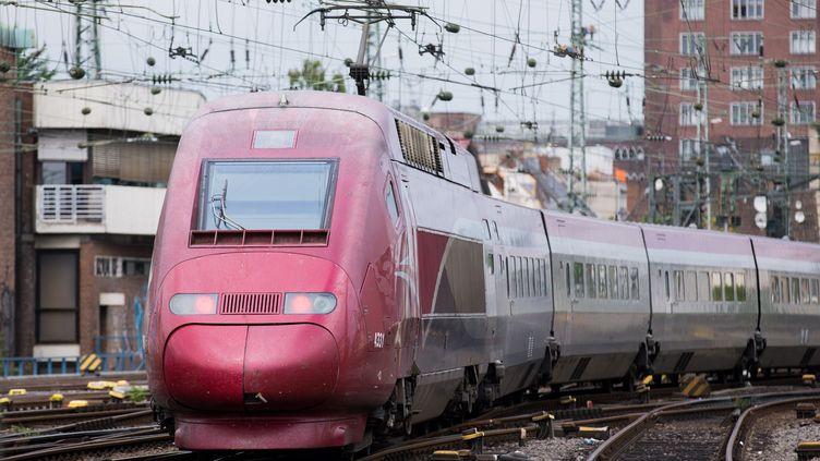 Un Thalys quitte la gare de Cologne (Allemagne) pour la gare de Paris Nord, le 24 août 2015. (MAXPPP)