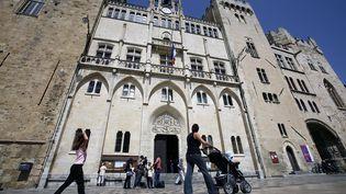 L'hôtel de ville de Narbonne, le 19 juin 2007. (Photo d'illustration) (ERIC CABANIS / AFP)