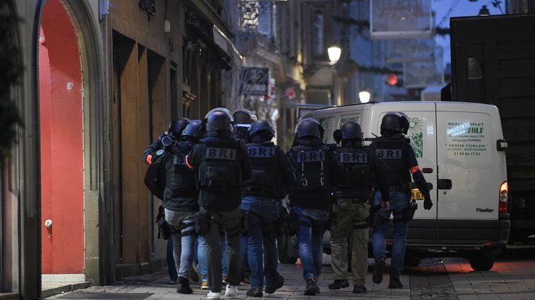 Des membres de la brigade de recherche et d'intervention à Strasbourg (Bas-Rhin), mercredi 12 décembre 2018. (PATRICK HERTZOG / AFP)