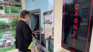 Charente : un distributeur de billets soulage la commune d'Aigre (France 3)