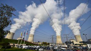 La centrale nucléaire de Cattenom, le 17 octobre 2017. (JEAN-CHRISTOPHE VERHAEGEN / AFP)