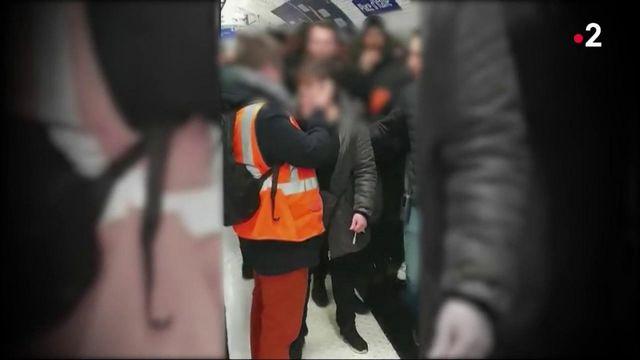 Grève RATP : une conductrice violemment prise à partie par des grévistes