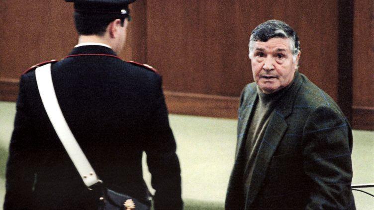 Toto Riina, le 8 mars 1993 à Palerme, en Italie. (ALESSANDRO FUCARINI / AFP)