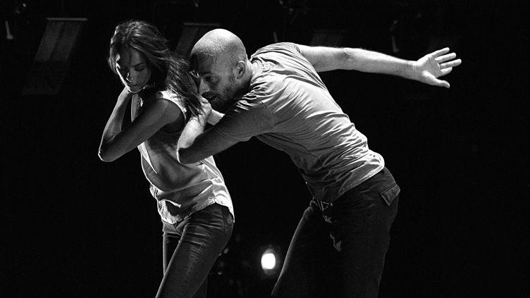 """Sylvain Groud et Bérénice Béjo dans """"Trois sacres"""" créé en octobre 2016 au théâtre Sénart.  (Eric Miranda)"""