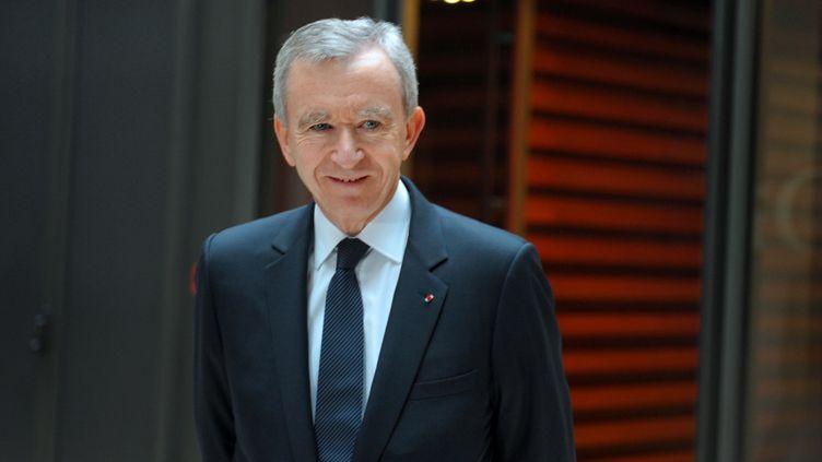 Le patron de LVMH, Bernard Arnault, le 4 février 2011, à Paris. (ERIC PIERMONT / AFP)